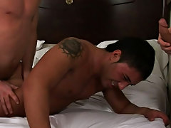 Muscle hunk sleeping and free solo hunk twinks blog