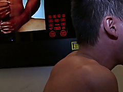 Young gay boy blowjob video and bearded bear twink blowjob