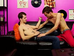 Free twinks removing briefs and old guys fucking young guys free pics at Boy Crush!