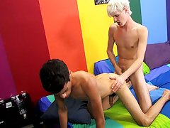 Video gay emo boy latino and indian twink bdsm at Boy Crush!