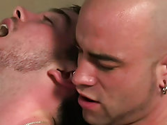 Twin naked hunks having sex and free gay hunk thumbs