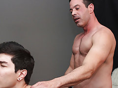 Boredom leads Scott Alexander to hit on his dad's hawt coworker, Mike Manchester, who's all also willing to entertain him men having anal se