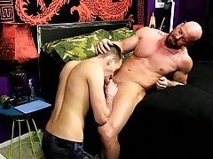 Extreme asshole twinks and hardcore first time fucking pictures and stories at Bang Me Sugar Daddy