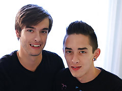 Cute thai collage boy wank and emo twinks xxx video - Gay Twinks Vampires Saga!