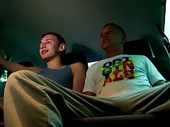 Cute teen twinks in briefs mobile and tight boxers twinks free pics - at Boys On The Prowl!