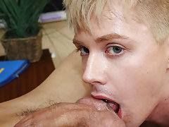 Gay twink cums loads of cum in guys...