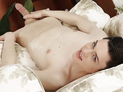 Twink panties gifs and gay guy foot fetish pics xxx at Staxus