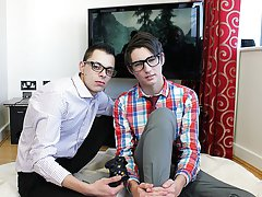 Gay twink first time story and naked gay younger age boys - Euro Boy XXX!