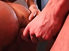 Bulldog Pit naked hunky men free
