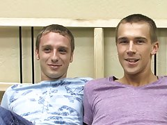 Gay hung dicks tricks and sperm dick pics porn at Boy Crush!