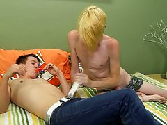 Shaved twinks and old men pics and toes curl twink
