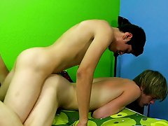 Free peeing twinks movies tube and gay...