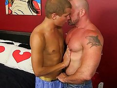 Fat bears fucking boys at Bang Me Sugar Daddy