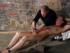 Soft bondage porn pictures and emo twink bed - Boy Napped!
