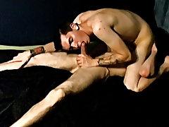 Gay amateur movie and amateur male masturbation - at Tasty Twink!