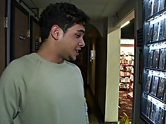 Mobile cock blowjob video and free legal gay teen blowjob pics