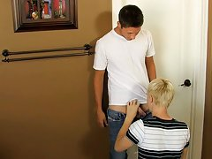 Simultaneous ass fucking each other video and gay for pay men pic at My Husband Is Gay