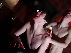 Young gay twinks cock and teen boys twink sex - Gay Twinks Vampires Saga!