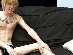 Cute gay boy sex videos and chinese cute boy porn at Boy Crush!