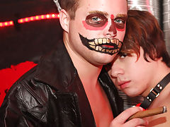 Amateur muscle men fucking twinks and...