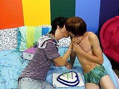 Teen twink boys in gym shorts and naked cute boys kiss at Boy Crush!