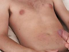Stories of boys masturbating and free gay male videos of cowboys at Homo EMO!