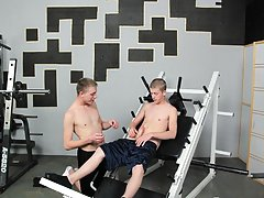 Young gay twink blowjob and cum and xxx videos free to view twinks at Teach Twinks
