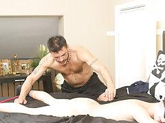 Hardcore gay men sucking humongous cocks...