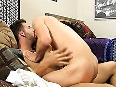 Gay twins fucking and kissing and boy kissing granny at Bang Me Sugar Daddy