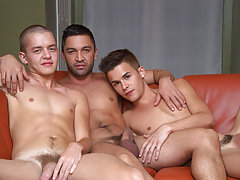 Beautiful gay sexy kissing pic and twinks in cut off porn pics at I'm Your Boy Toy