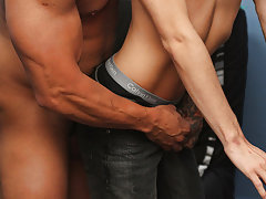 Anal creampie pic and twinks eating there own cum at Straight Rent Boys