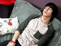 Kyler Moss naps whilst Miles Pride tries to work and this guy has one hell of a juicy dream free gay twinks porn