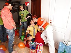 Gays having group sex and gays group porno at Crazy Party Boys
