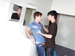 They find a teacher's desk and Jayden bends down to receive Jae's big cock free gay twinks fuck at Teach Twinks