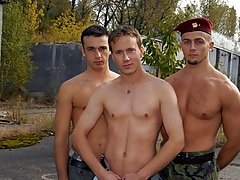 Caught jerking off, soldier Tom Evans discovers quickly that soldiers who combat together bring into the world to fuck together straight nude military