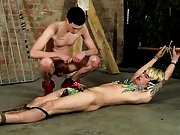 Free videos electro shock to twinks and anime boys blowjobs - Boy Napped!