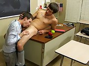 Timo Garrett gives his teacher Julian Smiles a classic apple for Christmas... and his penis first time as a gay escort at Teach Twinks