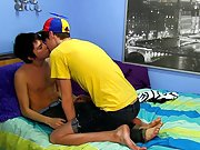 Young twink pink hole pics and boy twink tubes and galleries at Boy Crush!