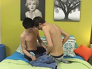 boy stake board seduced by twink boy and venezuelan...