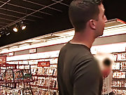 Straight guy blowjob on hidden camera and hidden...