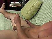 Gay collage muscle twinks and first time twinks pictures galleries at Straight Rent Boys