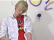 Masturbation teen gay with shorts and male masturbation demonstration video